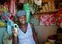 Western Union powers M-PESA to send money globally
