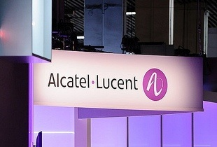 Alcatel-Lucent signs service agreement for ACE cable system