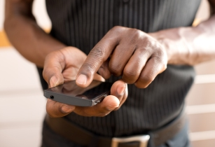 Africa's mobile money users face access barriers, says study