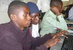 Computer in Kenya - The Advocacy Project - Flickr